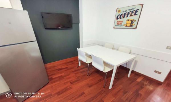 Appartamento in affitto a Milano, Isola, Arredato, 50 mq
