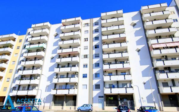 Appartamento in vendita a Taranto, Solito, Corvisea, Con giardino, 154 mq