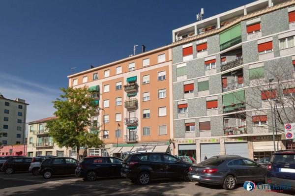 Appartamento in vendita a Milano, M5 San Siro, Con giardino, 80 mq
