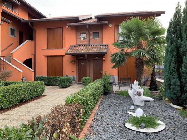 Appartamento in vendita a Caronno Pertusella, 45 mq
