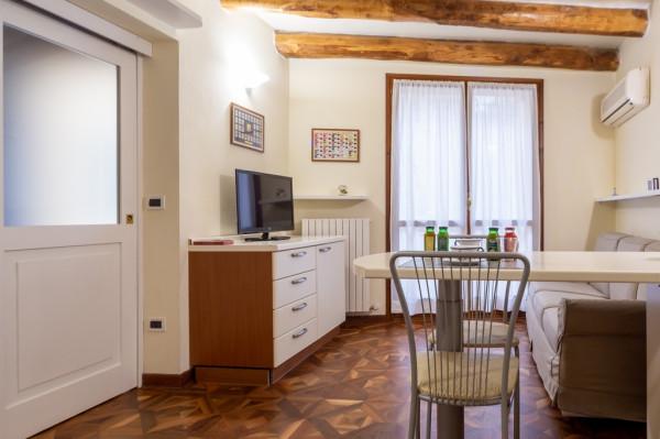 Monolocale in affitto a Bologna, Centro Storico, 40 mq