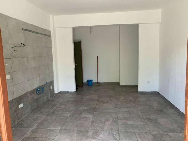 Appartamento in vendita a Sant'Anastasia, Centrale, Con giardino, 80 mq
