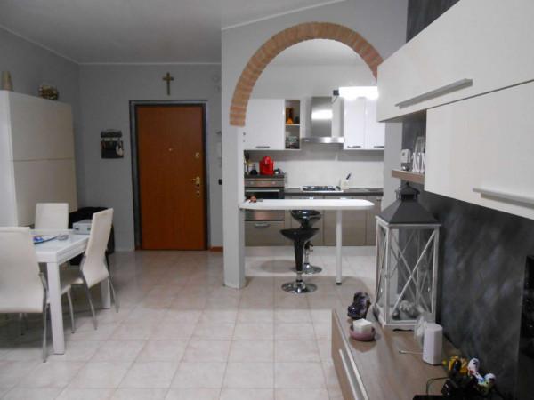 Appartamento in vendita a Casaletto Vaprio, Residenziale, 93 mq