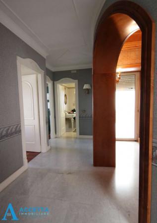 Appartamento in vendita a Taranto, Solito, Corvisea, Con giardino, 318 mq - Foto 2