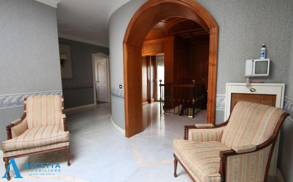 Appartamento in vendita a Taranto, Solito, Corvisea, Con giardino, 318 mq - Foto 4
