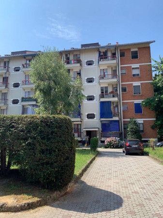 Appartamento in affitto a Limbiate, Mombello, Arredato, 65 mq