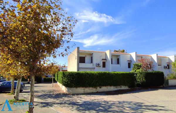 Villa in vendita a Leporano, Porto Pirrone, Con giardino, 96 mq