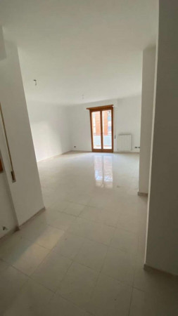 Appartamento in vendita a Roma, Eur Torrino, Con giardino, 80 mq