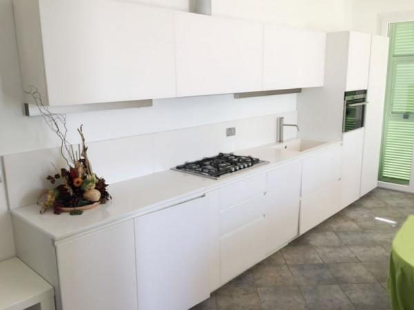 Casa indipendente in vendita a Bordighera, Semicento, Con giardino, 160 mq - Foto 9