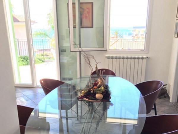 Casa indipendente in vendita a Bordighera, Semicento, Con giardino, 160 mq - Foto 10
