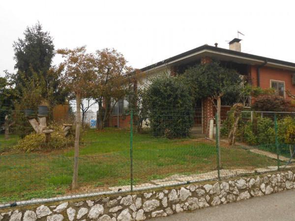 Villa in vendita a Spino d'Adda, Residenziale, Con giardino, 300 mq - Foto 1