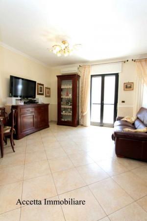 Appartamento in affitto a Taranto, Rione Laghi - Taranto 2, Con giardino, 110 mq - Foto 17