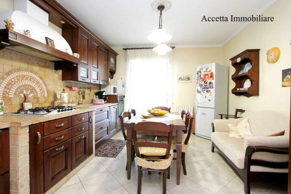 Appartamento in affitto a Taranto, Rione Laghi - Taranto 2, Con giardino, 110 mq - Foto 4