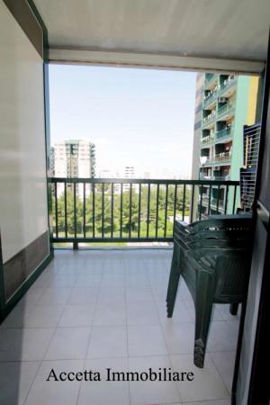 Appartamento in affitto a Taranto, Rione Laghi - Taranto 2, Con giardino, 110 mq - Foto 7