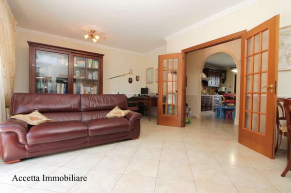 Appartamento in affitto a Taranto, Rione Laghi - Taranto 2, Con giardino, 110 mq - Foto 5