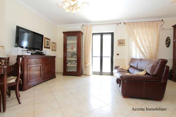 Appartamento in affitto a Taranto, Rione Laghi - Taranto 2, Con giardino, 110 mq - Foto 1