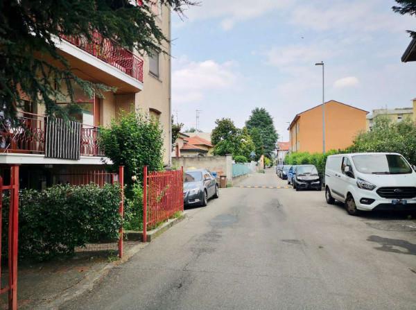 Appartamento in vendita a Garbagnate Milanese, 82 mq - Foto 2