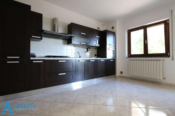 Appartamento in vendita a Taranto, Lama, Con giardino, 115 mq - Foto 18
