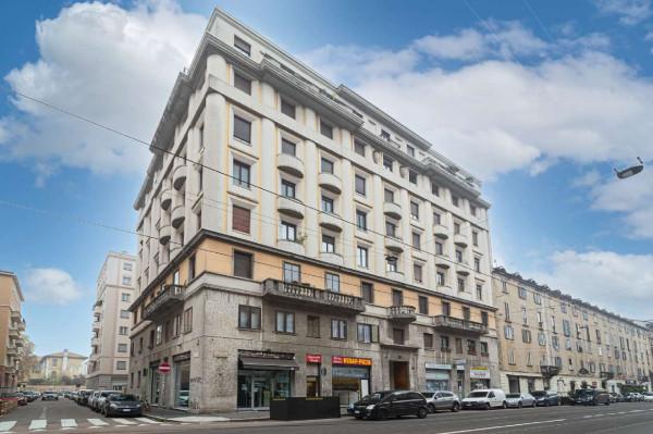 Appartamento in vendita a Milano, 104 mq