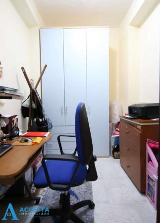Appartamento in vendita a Taranto, Tre Carrare, Battisti, 105 mq - Foto 5