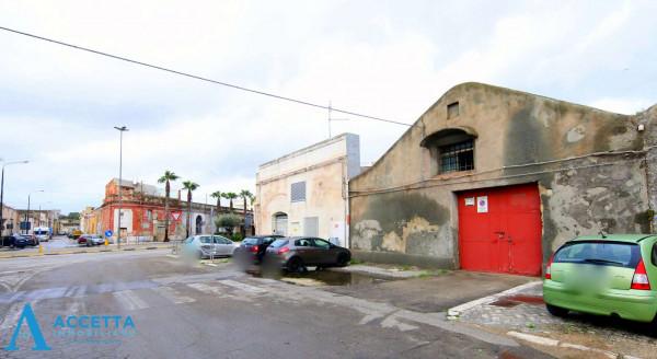 Capannone in vendita a Taranto, Porta Napoli, 219 mq - Foto 9