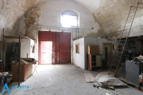 Capannone in vendita a Taranto, Porta Napoli, 219 mq - Foto 4
