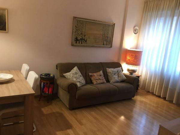 Appartamento in affitto a Milano, Bande Nere, Arredato, con giardino, 60 mq