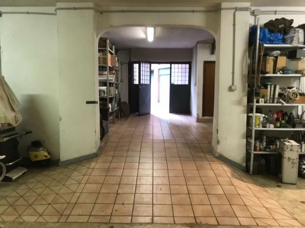 Locale Commerciale in vendita a Roma, Trieste Coppedè, 130 ...