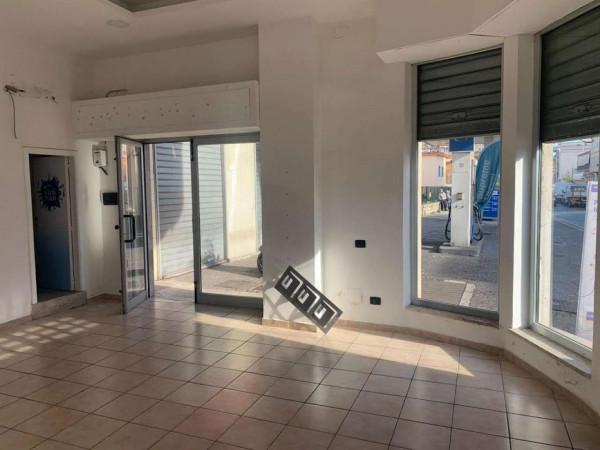 Locale Commerciale  in affitto a Sant'Anastasia, Centrale, 65 mq - Foto 12