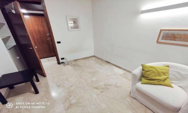 Appartamento in affitto a Milano, Porta Venezia, Arredato, 22 mq