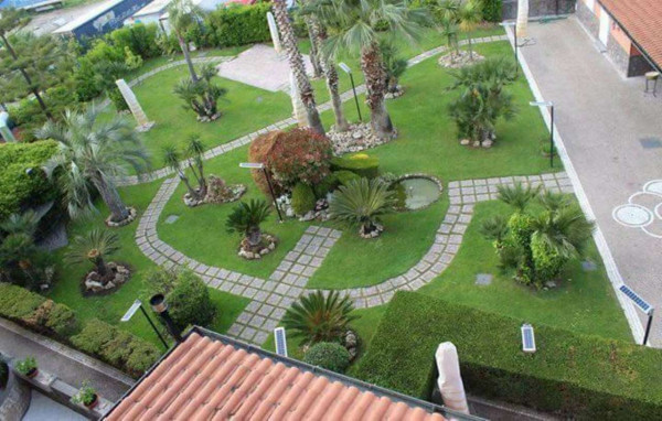 Appartamento in affitto a Sant'Anastasia, Centrale, Con giardino, 190 mq - Foto 4