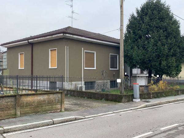 Villa in vendita a Caronno Pertusella, Centro, Con giardino, 270 mq - Foto 18