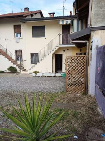 Appartamento in vendita a Caronno Pertusella, Centro, 110 mq - Foto 1
