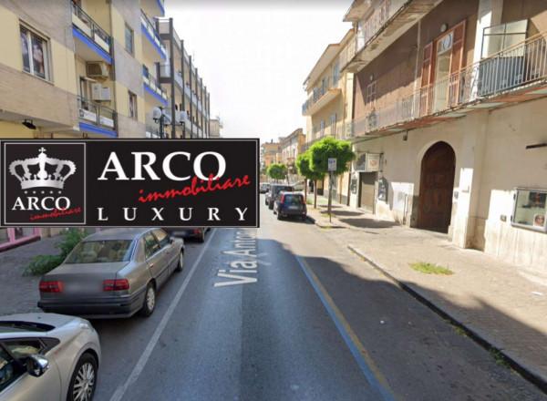 Appartamento in affitto a Sant'Anastasia, Centrale, 100 mq