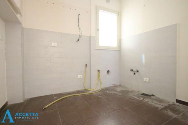 Appartamento in vendita a Taranto, Tre Carrare, Battisti, 69 mq - Foto 8