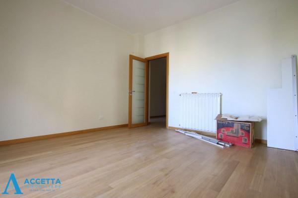 Appartamento in vendita a Taranto, Tre Carrare, Battisti, 69 mq - Foto 10