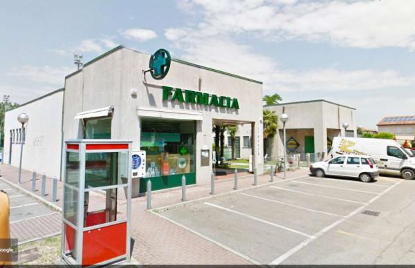 Locale Commerciale  in vendita a Faenza, 460 mq - Foto 1