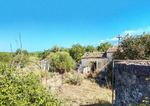 Locale Commerciale  in vendita a Ragalna, Villaggio San Francesco, 9000 mq - Foto 3