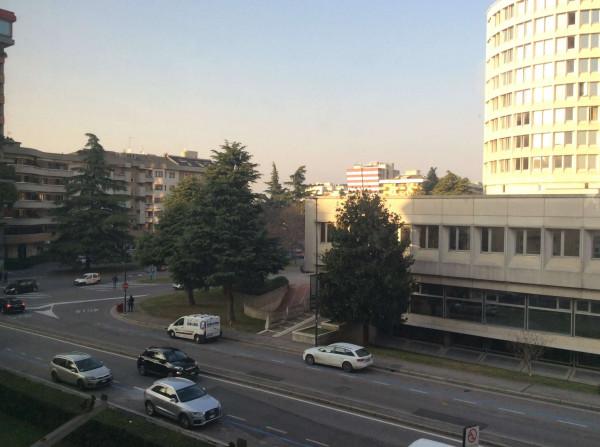 Ufficio in vendita a Brescia, Bresciadue, 1076 mq - Foto 1