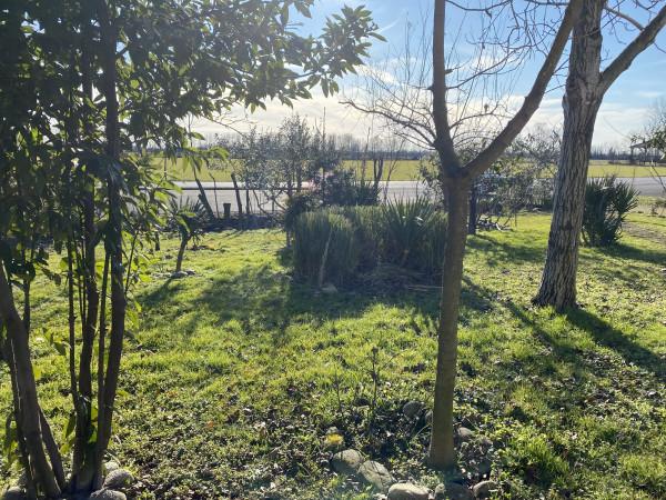 Casa indipendente in vendita a Roncadelle, Roncadelle, Con giardino, 130 mq