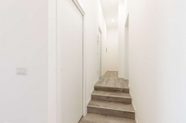 Appartamento in vendita a Milano, Ripamonti, 78 mq