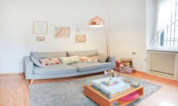 Appartamento in vendita a Milano, Bocconi, 82 mq