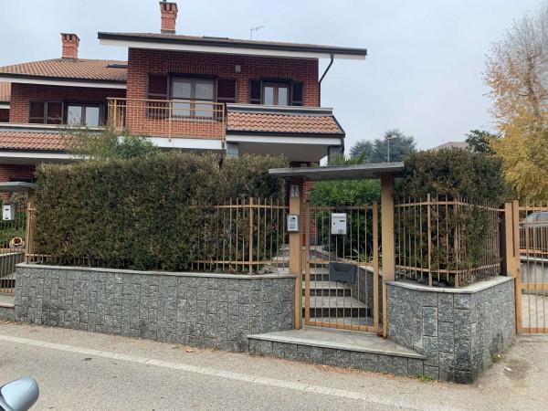 Villetta a schiera in vendita a Alpignano, Centro, Con giardino, 200 mq