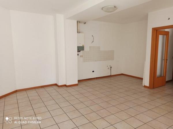 Appartamento in vendita a Porto Sant'Elpidio, Nord, 90 mq