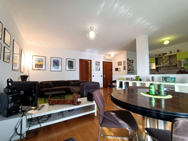 Appartamento in vendita a Magenta, Centro, 100 mq - Foto 1
