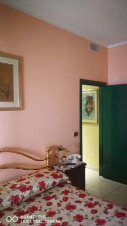 Appartamento in vendita a Pescara, Corso Vittorio Emanuele Ii, Arredato, 160 mq