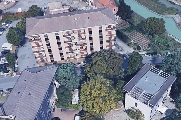 Appartamento in vendita a Novara, Stazione, Con giardino, 110 mq