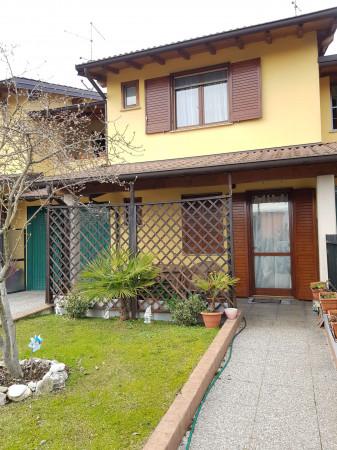 Villa in vendita a Vaiano Cremasco, Residenziale, Con giardino, 150 mq