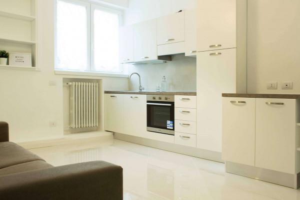 Appartamento in affitto a Milano, San Siro, Arredato, 66 mq
