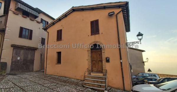 Casa indipendente in vendita a Trevi, Centro Storico, 40 mq